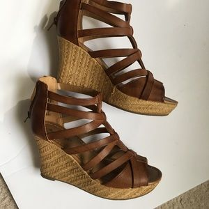 American Eagle Payless sandal 6 1/2 women's